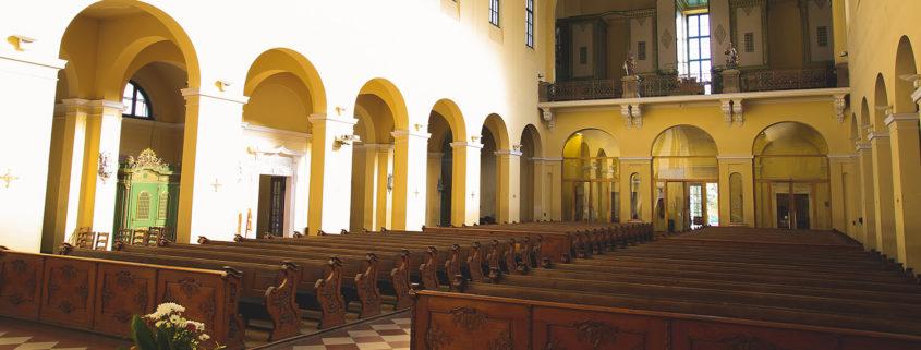Szent Imre plébánia - templombelső